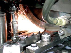Заточка биметаллических ленточных пил по металлу